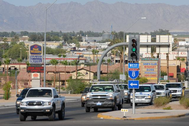 Yuma Palms-16th St traffic.jpg